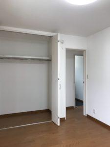 宇土 Y様邸 1F 洋室 入口扉開き状態